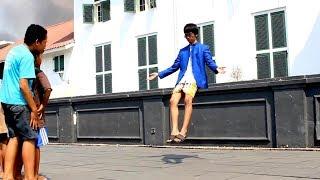 Video Flying Man In Public Caught On Tape / Camera !! abracadaBRO Levitation Magic Prank MP3, 3GP, MP4, WEBM, AVI, FLV Desember 2017