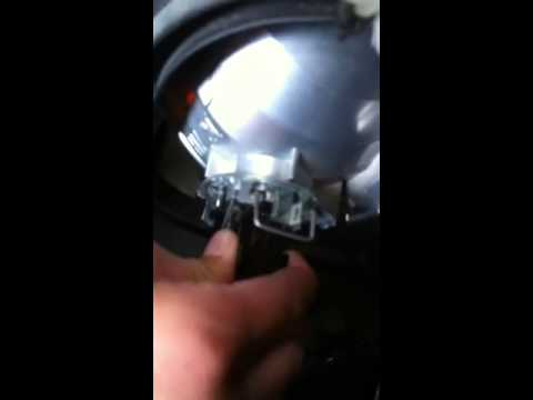 How to replace your headlight for a Mercedes Sprinter (11ye