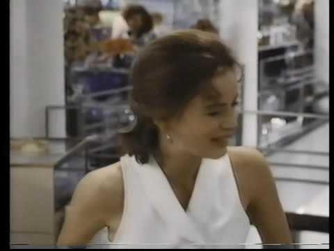 Conserje a su medida For Love Or Money 1993  TRAILER
