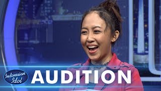 Video Moza berhasil menyanyikan lagu Cinta mati III - AUDITION 5 - Indonesian Idol 2018 MP3, 3GP, MP4, WEBM, AVI, FLV September 2018