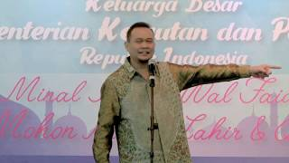 Video LUCU PARAH !!! Cak Lontong Stand up comedy di depan Menteri Susi Pudjiastuti Full Video   YouTube MP3, 3GP, MP4, WEBM, AVI, FLV September 2018