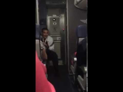 Southwest Airline Pilot Takes Off Like Top Gun