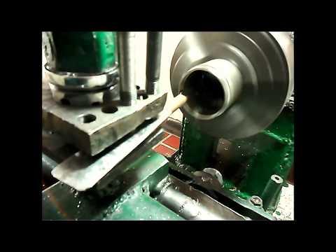 Torno casero - Amigos, este es mi torno casero. Trabajamos dos materiales (Teflón y acero) Contacto: maleja-0801@hotmail.com.