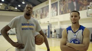 Steph Curry, Kevin Durant Play Epic Game of P-I-G by Bleacher Report