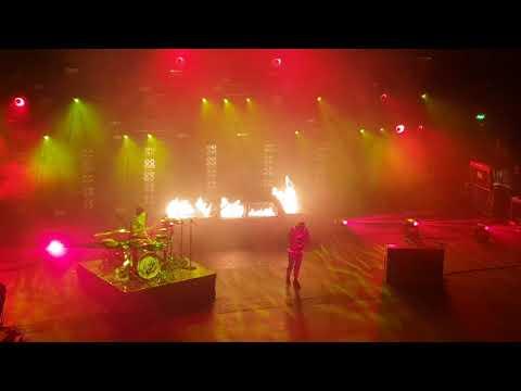 Video Twenty One Pilots - Levitate - Brixton 12/9/18 download in MP3, 3GP, MP4, WEBM, AVI, FLV January 2017
