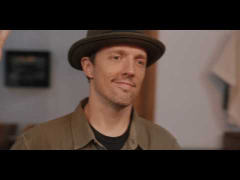 Jason Mraz 傑森瑪耶茲 - More Than Friends 不只是朋友(feat. Meghan Trainor 梅根崔納)  (華納official HD 高畫質官方中字版)