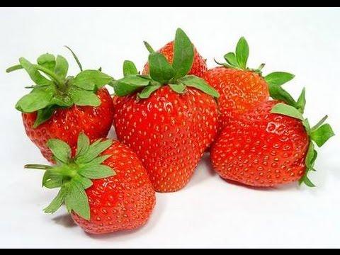 gli incredibili benefici delle fragole per una pelle sana