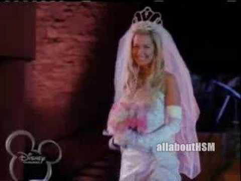 Troypay Wedding Scene
