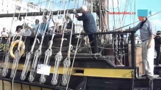 JAKO PRAVÝ NÁMOŘNÍK na replice historické lodi z 18. století