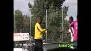 Video - Baobab! Offene Afrika-Fußballmeisterschaft mit Festval