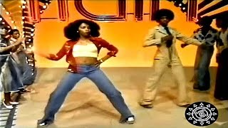 Činčila - Svirao Funk [Retro Music Video]