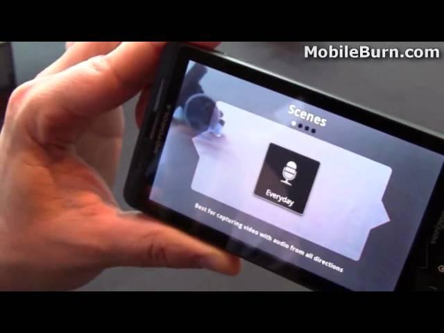 Motorola DROID X demo from the Verizon launch event