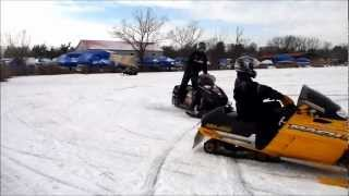 3. Team Skidoo Mach Z 800 vs Mach Z 1000!