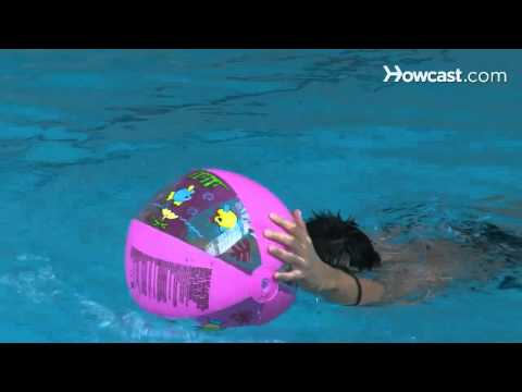 How to Lose Weight with a Pool Water Exercise Regimen