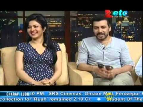Team of 'Future Toh Bright Hai ji' With Komal Nahta