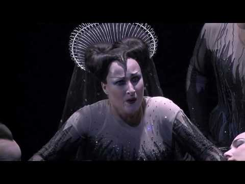 Diana Damrau as Queen of the Night I [HQ]