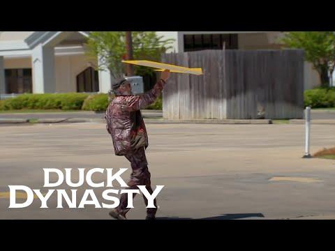 Duck Dynasty: Si, The Sign Flipper (Season 6, Episode 6) | Duck Dynasty