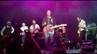 Black Joe Lewis & the HoneybearsLugar: Teatro Circo Price. Madrid.17 de Noviembre de 2009.