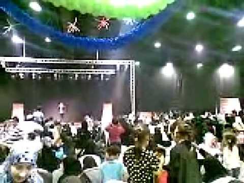 فيديو طيور الجنة في قطر - مشاهدة يوتيوب حفل طيور الجنة في قطر  2010