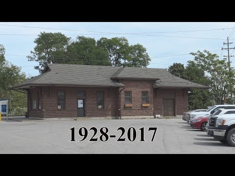 The Last Amtrak Trains at the old Alton Station (in ⁴ᴷ)