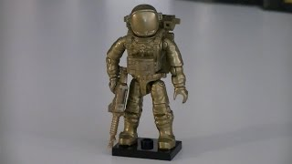 Call of Duty Mega Bloks 99707 2014 Convention Exclusive Gold Astronaut! This mini figure was given away for free at the 2014 summer conventions and is a winn...