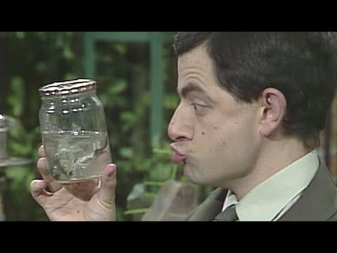 Mr Bean làm bánh sandwich level kinh dị