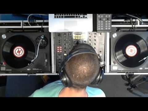 Dancefloor Showcase w/ SÉRGIO MOURATO (видео)