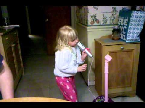 Future blooper reel for American Idol? Hmmmm....