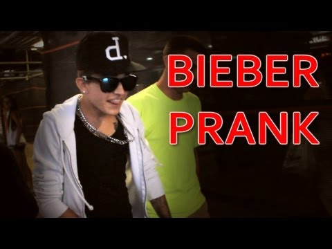 Justin Bieber Look-Alike Prank - Three Amigos Comedy