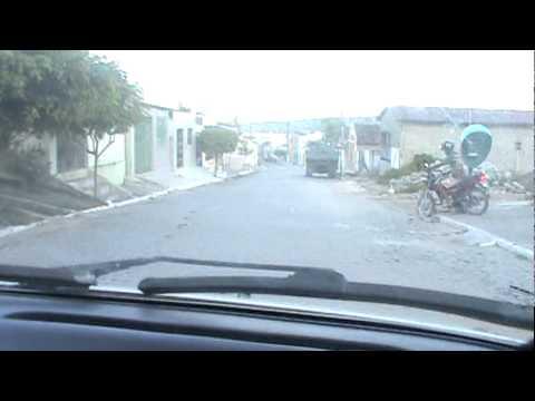 Descendo a Rua São Luiz em Angelim PE