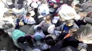 فرهنگ شیعه - اسلامی: درگیری شدید در صف نذری امام حسین  کربلا
