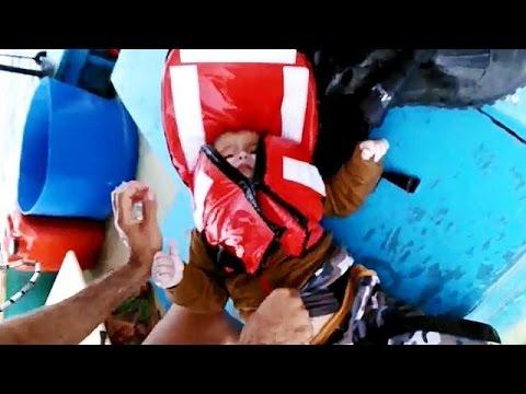 Τουρκία: Δραματική διάσωση βρέφους