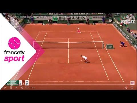 Increíble punto visto en Roland Garros por estas tenistas