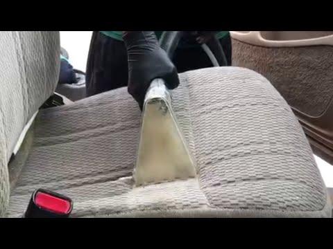 Kylläpä irtoaa likaa auton penkistä!