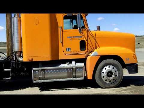 Грузовики freightliner truck