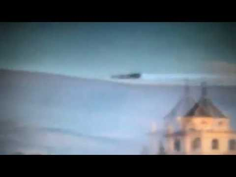 UFO OR Military Jet? High Speed Moving UFO Caught On Camera
