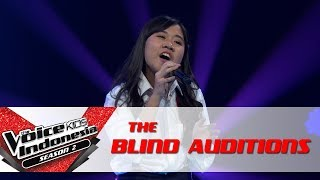 "Download Lagu Icha ""Pelangi""| The Blind Auditions | The Voice Kids Indonesia Season 2 GTV 2017 Mp3"