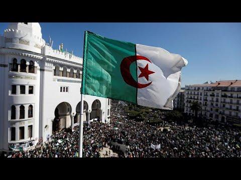 Αλγερία: Νέες μεγάλες διαδηλώσεις κατά του Μπουτεφλίκα…