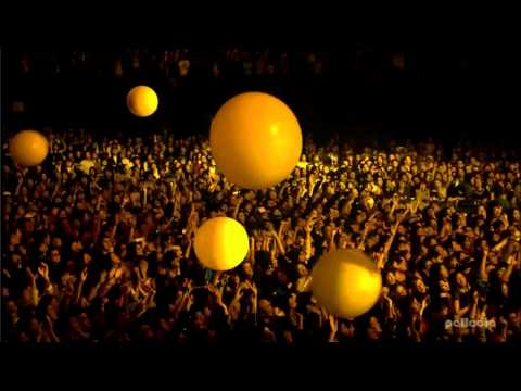 Coldplay Live From Japan (HD) - Yellow