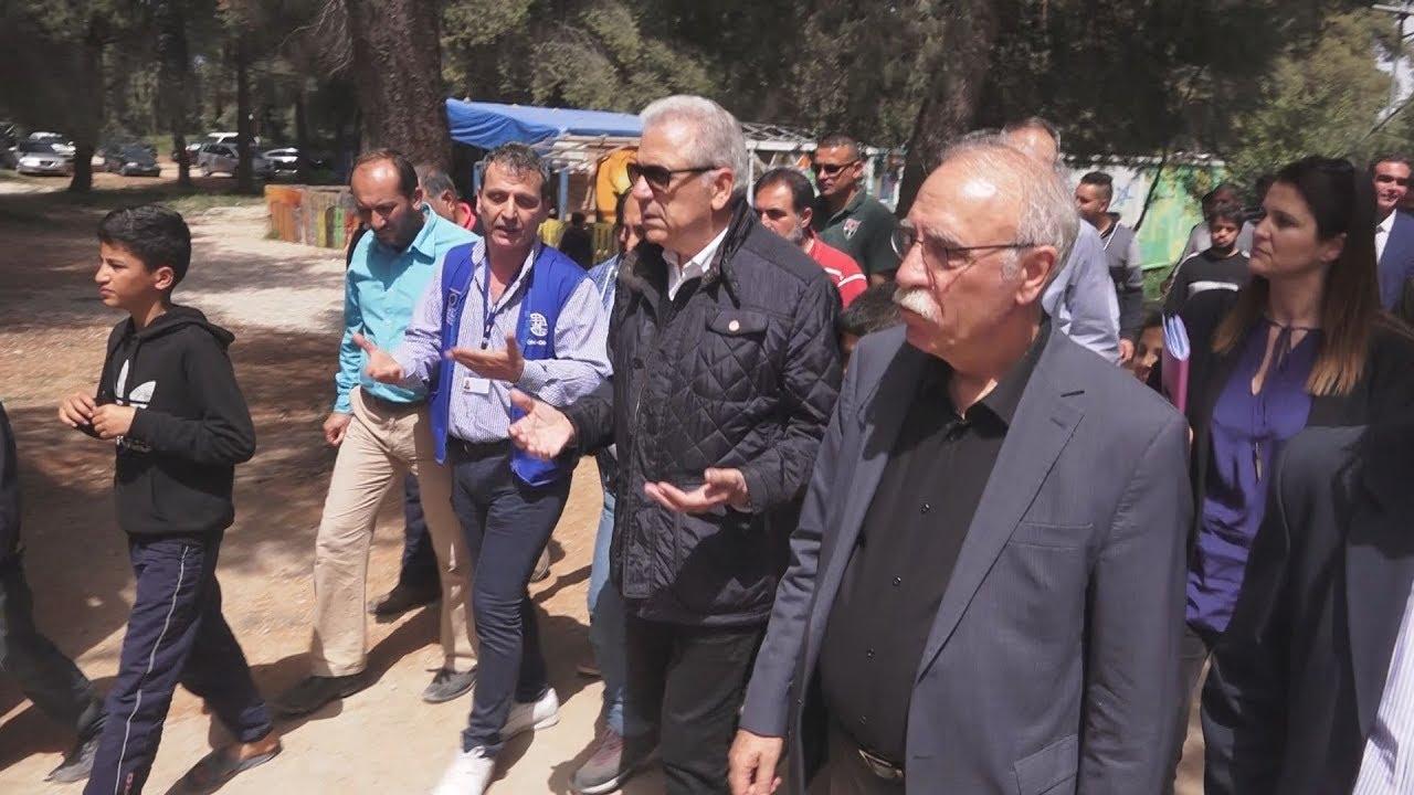 Επίσκεψη Δ. Βίτσα και Δ. Αβραμόπουλου στον προσφυγικό καταυλισμό στη Ριτσώνα