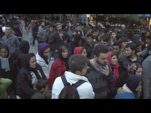 Εκδήλωση αλληλεγγύης στους πρόσφυγες στην πλατεία Βικτωρίας