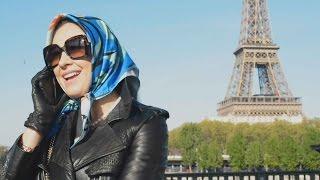 Altagracia se escapa de la policía y meses después aparece en Paris.