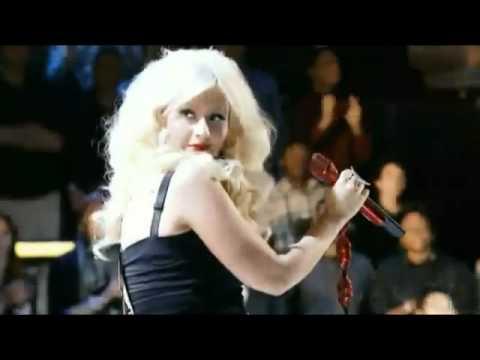 The Voice Coaches Performing Crazy - Christina Aguilera,  Adam, Cee Lo & Blake Shelton