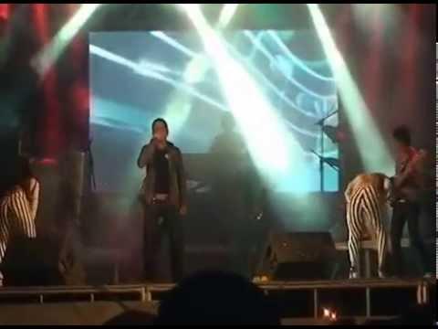 Show Banda Garota Bandida em BANNACH PA  05   10   13 KENNEDY MENDES