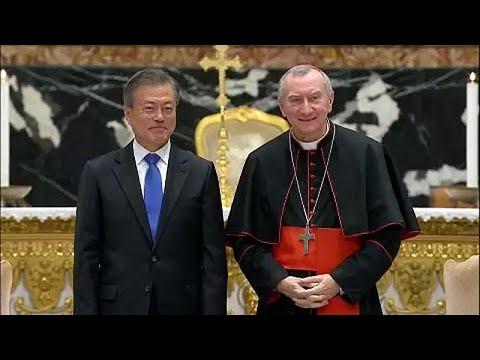 Πρόσκληση από Κιμ και Μουν στον Πάπα να επισκεφθεί Β. και Ν. Κορέα…