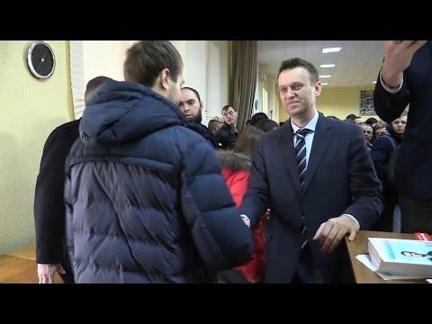 Сторонники рассказали Навальному что Саратов — это дача Володина - DomaVideo.Ru