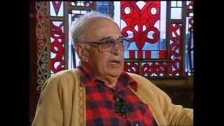Waka Huia Archive 1992 - Tama Te Kapua, captain of the Te Arawa waka 25 Oct 1992 - Hamuera (Taiporuru) Mitchell of Ngati...
