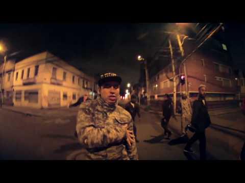 """Apache feat. El Freaky, Slow Mike & Stanley Jackson – """"Siente el peso"""" [Videoclip]"""