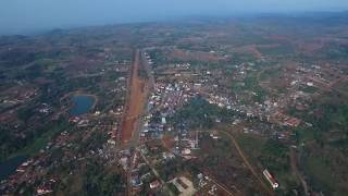 Sen Monorom Cambodia  city images : ក្រុងសែនមនោរម្យ ខេត្តមណ្ឌលគិរី - Sky view of Sen Monorom City, Mondulk