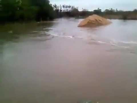 Chuva faz rio banabui descer com água altura morada nova